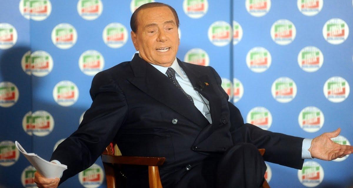 """Caso Erdogan/Von der Leyen. Berlusconi: """"Io l'avrei fatta sedere sulle mie ginocchia"""""""