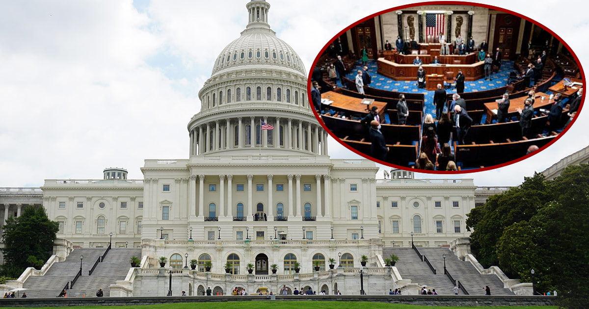 Cresce lo sdegno negli USA per i parlamentari che sono andati al Congresso senza pistola